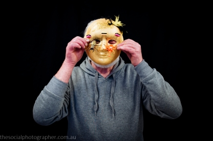 Rob: My mask is about my life. Have had an assorted life. Had a few bugs but turned them upside down. Now my life is golden with a flutter of glitter. Hence a feather in my cap!